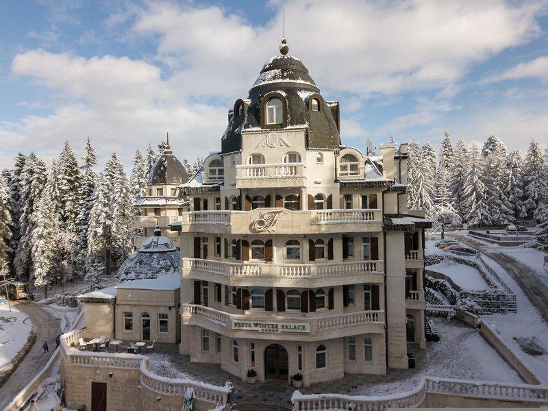 Festa Winter Palace Außenaufnahme