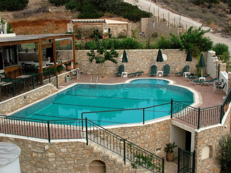Ariadne Apartments & Studios Agia Galini Pool