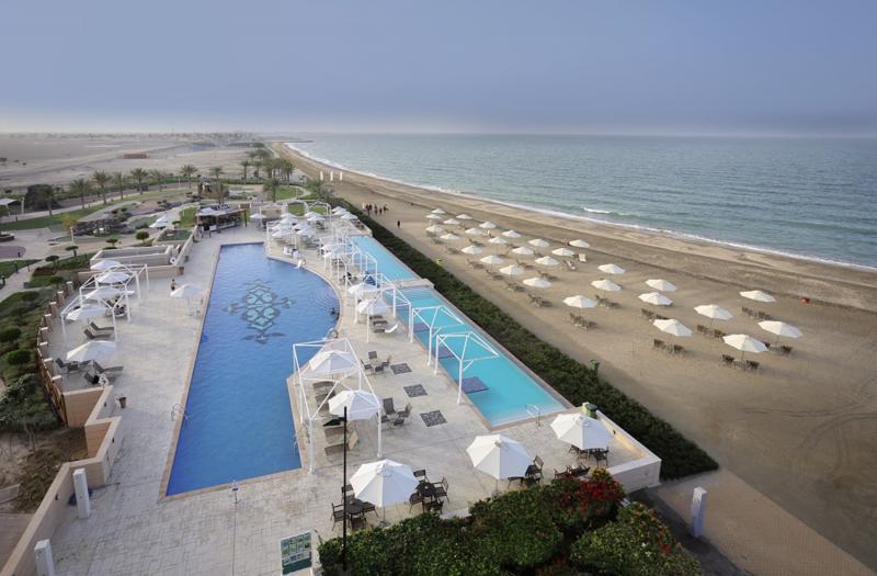 Millennium Resort Mussanah Pool