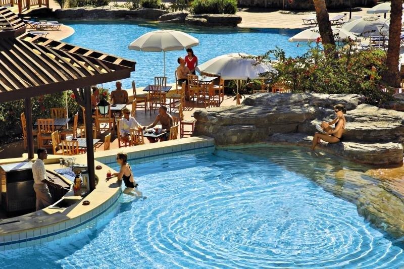 Steigenberger Coraya Beach - Erwachsenenhotel Pool