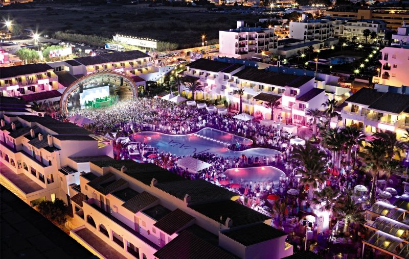 Ushuaia Ibiza Beach Hotel - Club & Tower - Erwachsenenhotel Party
