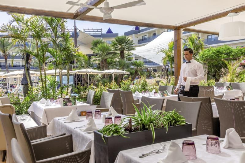 ZAFIRO Palma Nova Restaurant