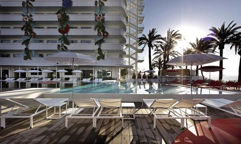 Ushuaia Ibiza Beach Hotel - Club & Tower - Erwachsenenhotel Pool