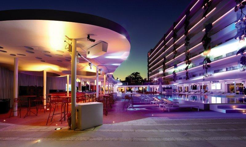 Ushuaia Ibiza Beach Hotel - Club & Tower - Erwachsenenhotel Lounge/Empfang