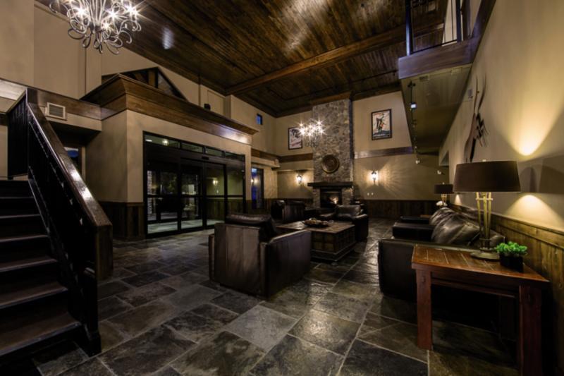 Glacier Mountain Lodge Lounge/Empfang