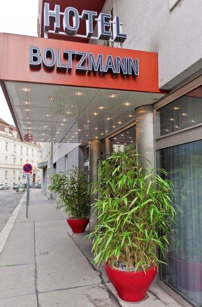 Boltzmann Außenaufnahme