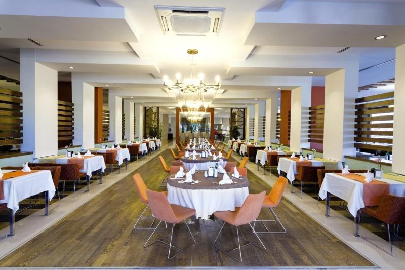 Seher Sun Palace Resort & Spa Restaurant