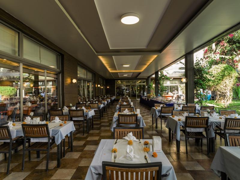 PrimaSol Hane Garden Restaurant