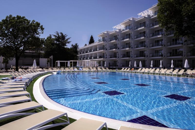 Paradise Blue Pool