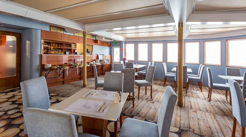 OnRiver Hotels Grand Jules Restaurant