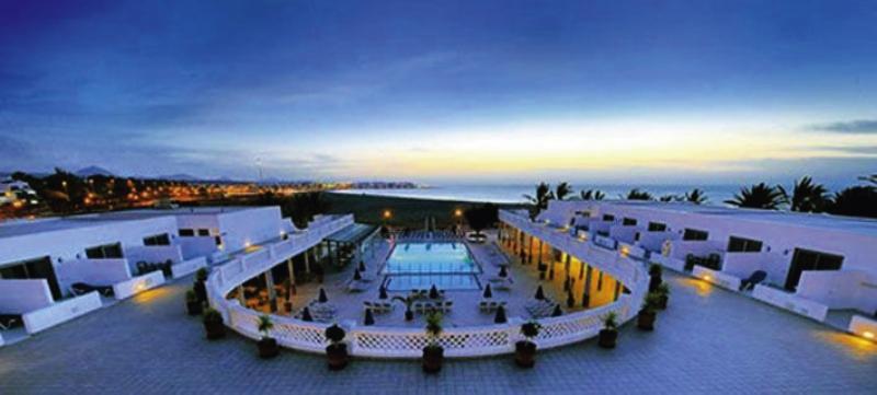 Las Costas Pool