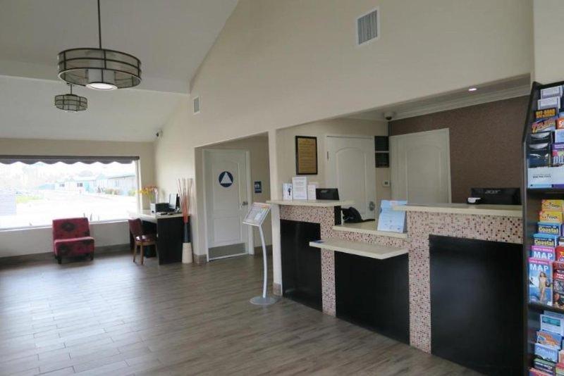 Ramada Anaheim Maingate North Lounge/Empfang