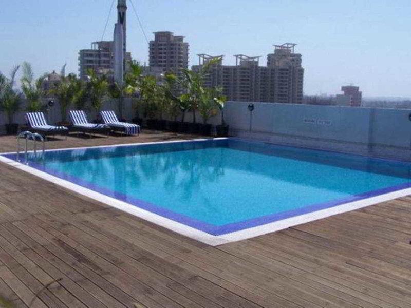Radisson Mumbai Goregaon  Pool