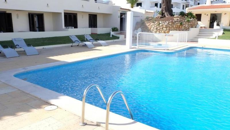 Roca Belmonte Pool