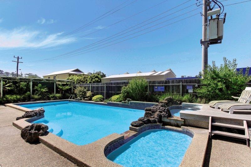 Comfort Inn & Suites Emmanuel Pool