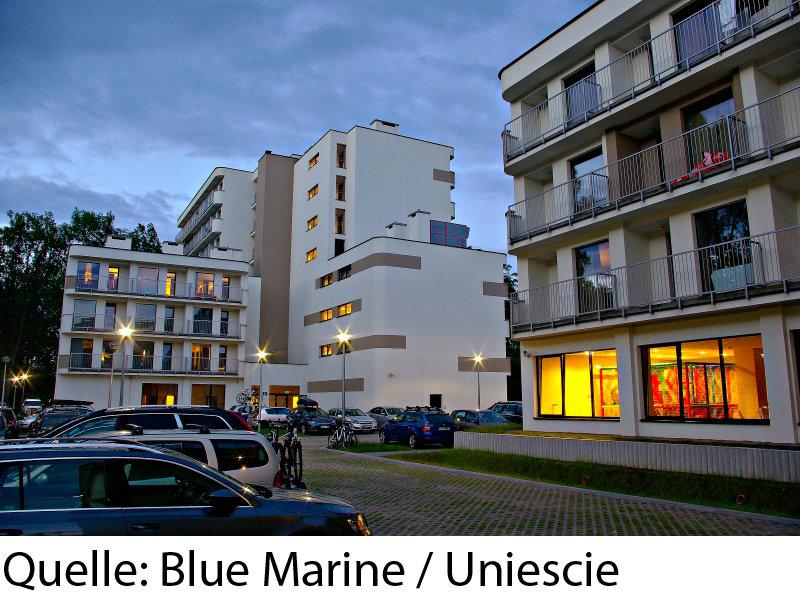 Blue Marine Außenaufnahme