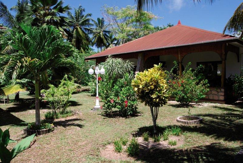 The Islander Guesthouse Garten