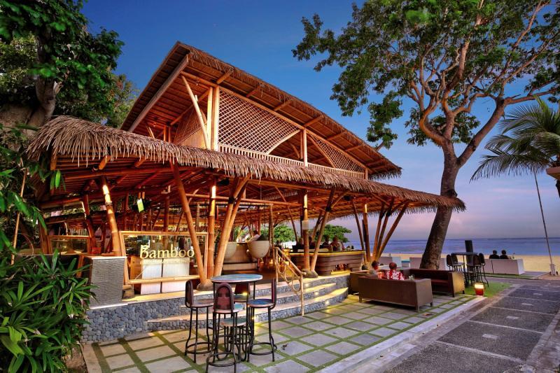 Prama Sanur Beach Bali Terrasse