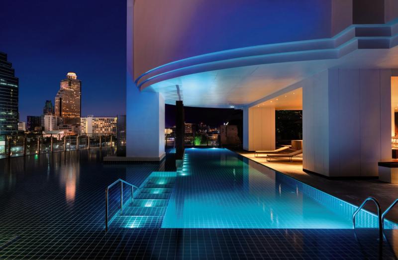 Millennium Hilton Bangkok Hallenbad