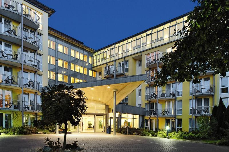 IFA Rügen Hotel & Ferienpark - Hotel, Appartements & Suiten Außenaufnahme