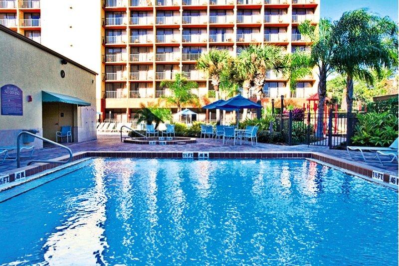 Holiday Inn Orlando SW - Celebration Area Pool