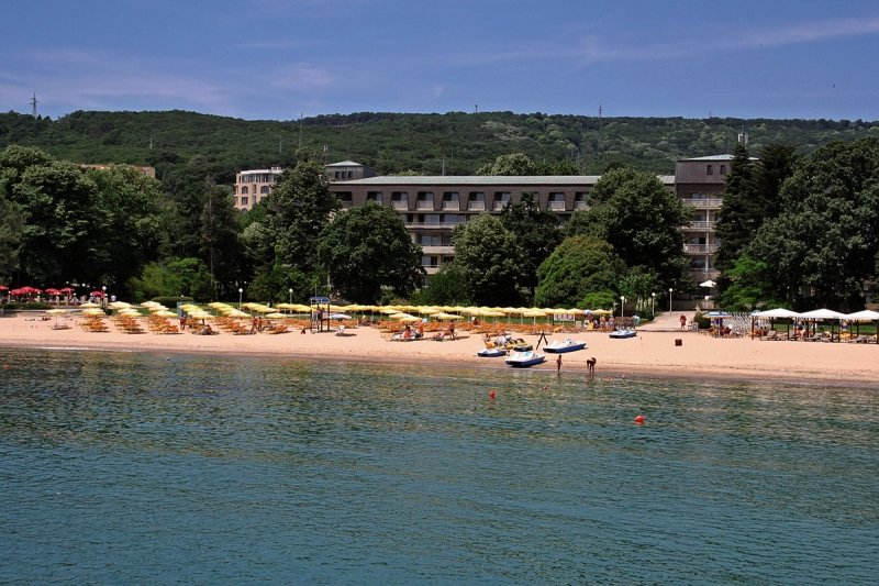 Riviera Holiday Club - Lotos Hotel Außenaufnahme