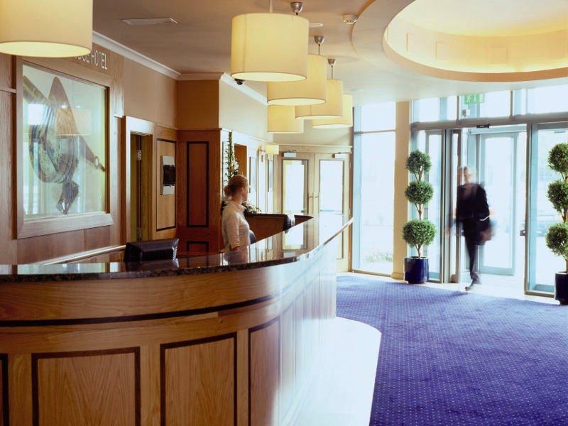 Rochestown Lodge Lounge/Empfang