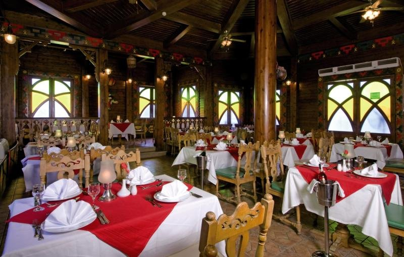 Dreams Vacation Resort Restaurant