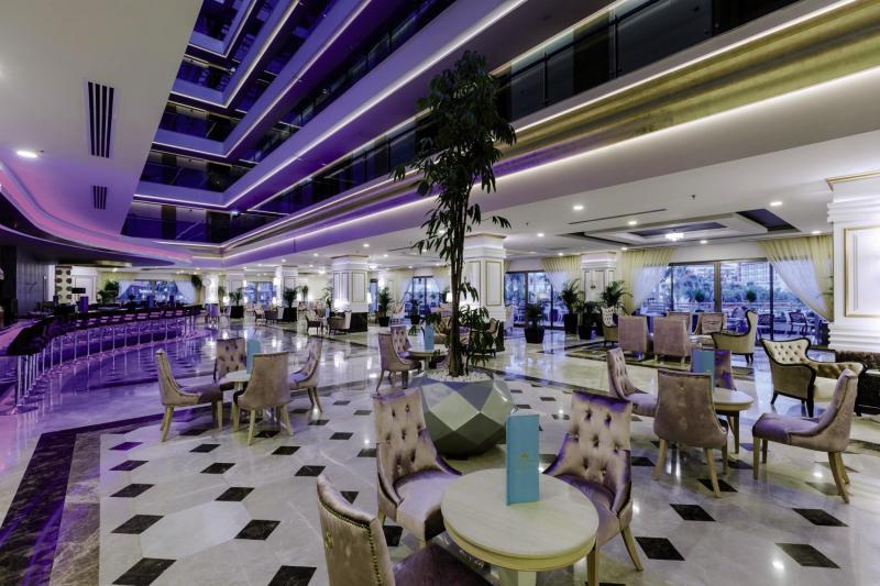 Side La Grande Resort & Spa Bar