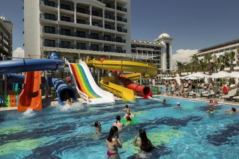 Side La Grande Resort & Spa Pool