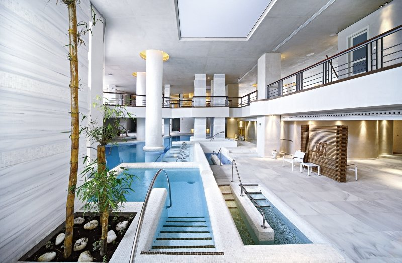Royal Hideaway Sancti Petri Pool