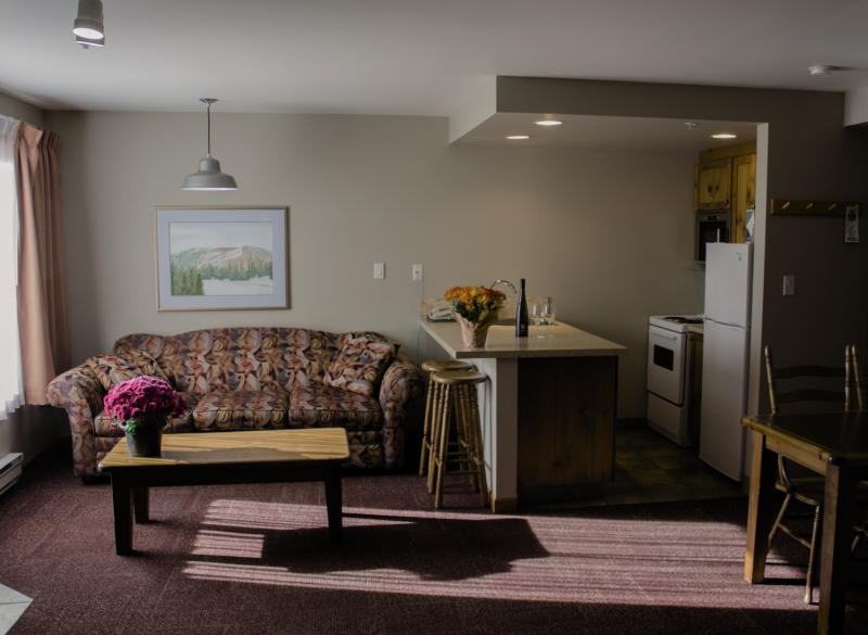 Nancy Greene´s - Cahilty Hotel & Suites Lounge/Empfang