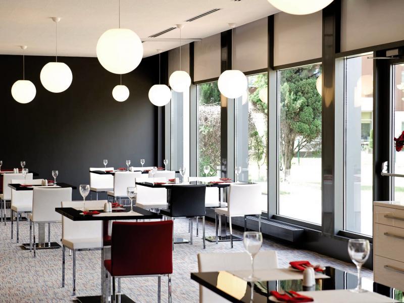 Novotel Wroclaw City Hotel Restaurant
