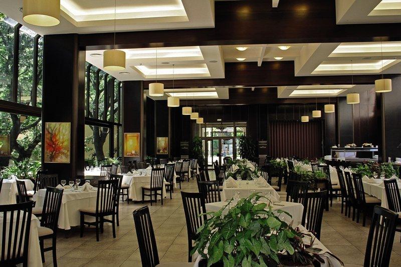 Riviera Holiday Club - Riviera Beach Hotel Restaurant