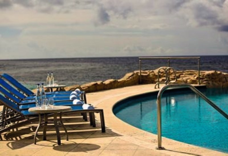 Renaissance Curacao Resort & Casino Pool