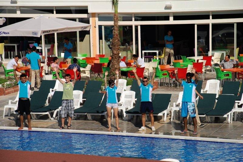 Blue Paradise Side Pool