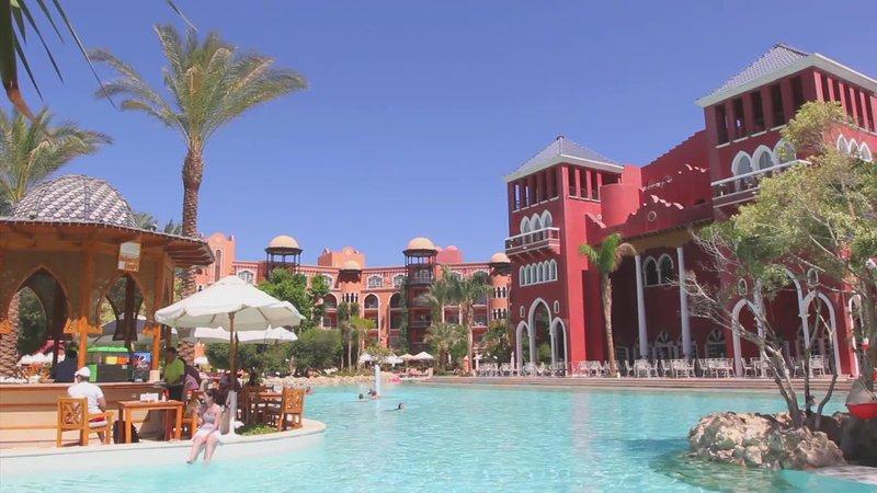 Grand Resort Hurghada Pool