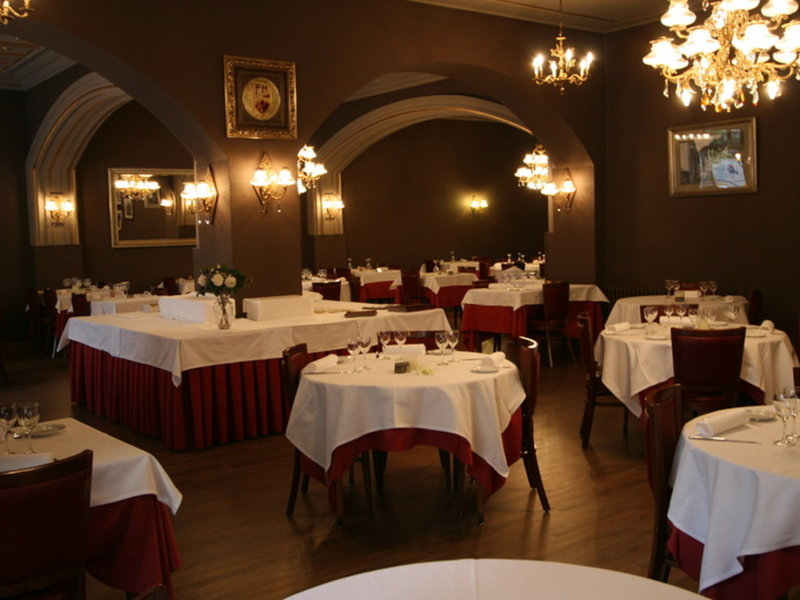 Hotel Pyrenees Restaurant