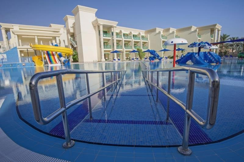 Hilton Hurghada Resort & Club Pool