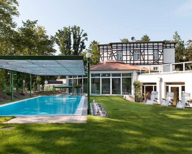 Best Western Plus Ostseehotel Waldschlösschen Pool