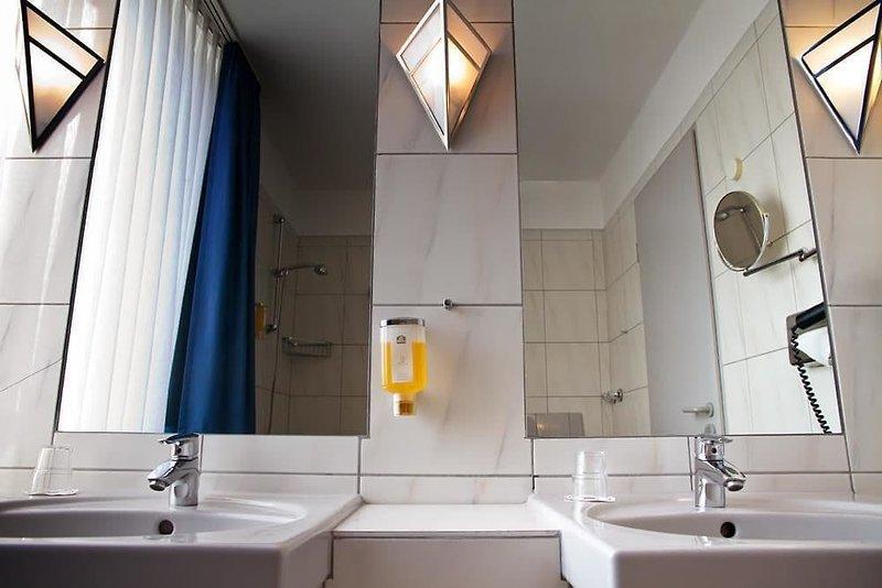 Best Western Hotel Heide Badezimmer