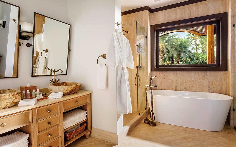 Zemi Beach House Badezimmer