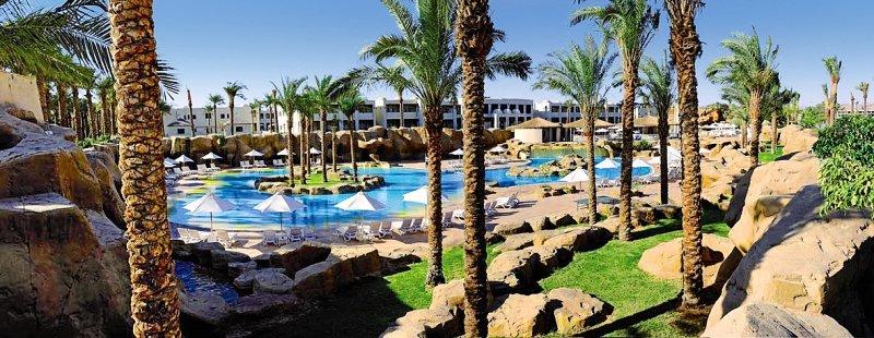 SENTIDO Reef Oasis Senses Resort Pool