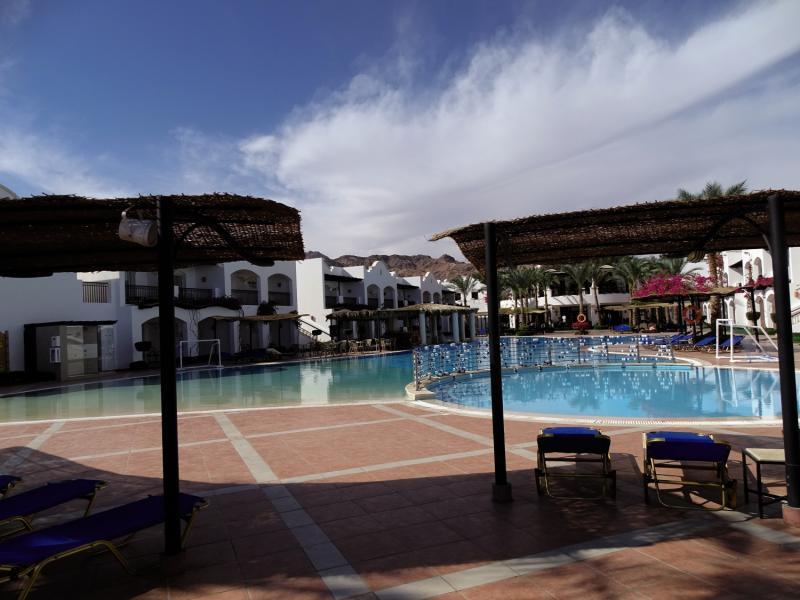 Jaz Dahabeya Pool