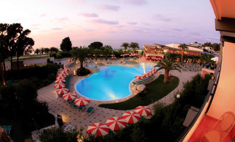 LABRANDA Rocca Nettuno Tropea Pool